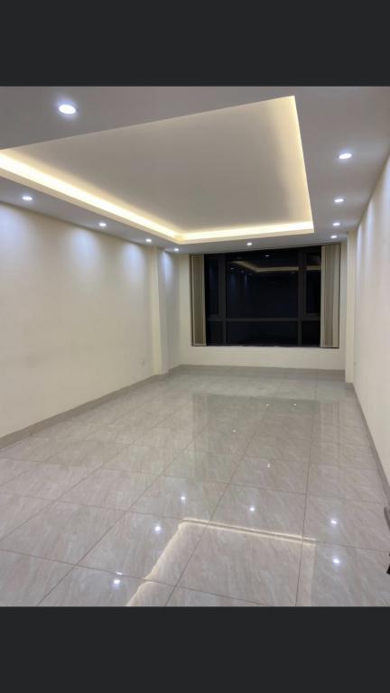 Cho thuê văn phòng giá rẻ tại mặt phố Hoàng Văn Thái, Thanh Xuân, Hà Nội dt 30m2