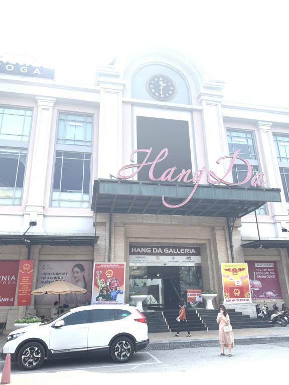 Cho thuê mặt bằng kinh doanh tầng 2 phố Hàng Da,Hoàn Kiếm DT 500m2,1000m2 giá rẻ.