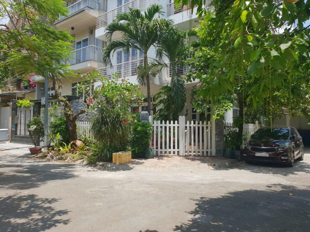Cho thuê Nhà phố Mặt tiền Đường 4 Q2, 110 m2 (10m x 11m), 1 tầng, 23 Triệu đồng