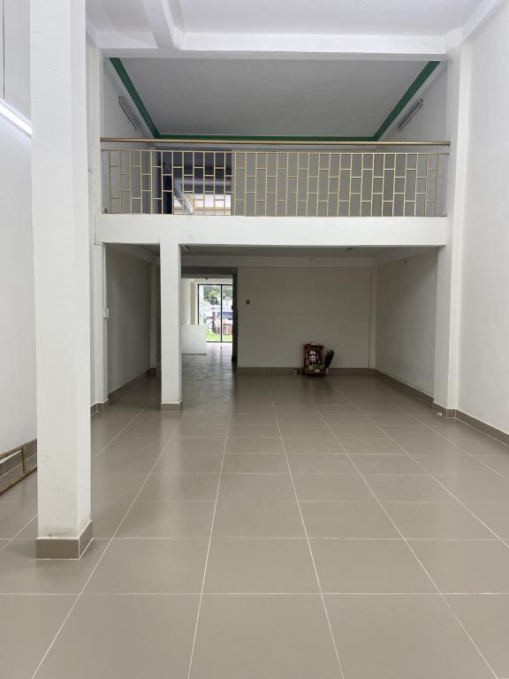 Cho Thuê Hai Mặt Tiền Phan Văn Trị 5x25 Trệt Lửng 2Lầu Giá 38Tr/th