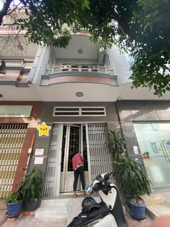 Cho Thuê Nhà HXT Nguyễn Hữu Cảnh 3.5x18 Trệt 2Lầu-ST Giá 23Tr