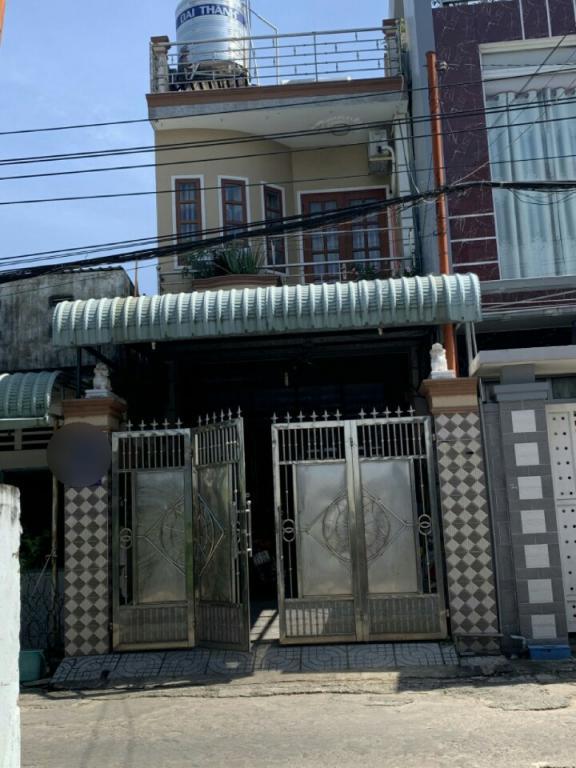 Bán nhà 1 trệt 1 lầu 1 sân thượng Dĩ An Bình Dươg