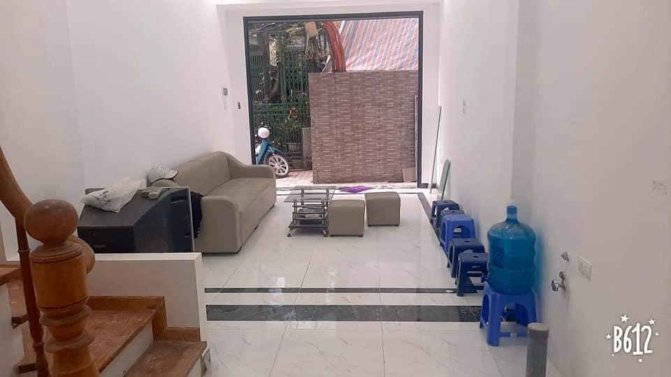 Bán nhà 5 tầng phố Đào Tấn 32 m2 giá 4.5 tỷ