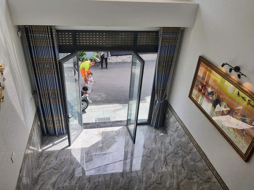 Nhà 4 tầng, HXH quay đầu. Cạnh TT Triển Lãm Tân Bình. 6,3 tỷ