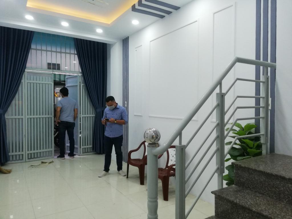 Nhà mới đầy dủ tiện nghi. Đường Ba Vân, Khu Bàu Cát. 4,3 tỷ