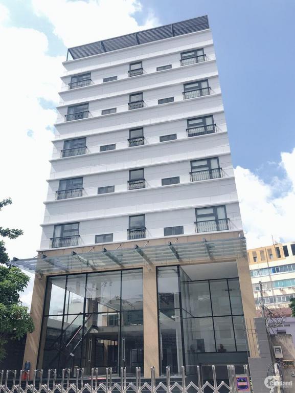 Chủ cần bán gấp khách sạn 2 sao Yên Hòa 170m2 mt8.5m 45 phòng giá chỉ 274tr/m2