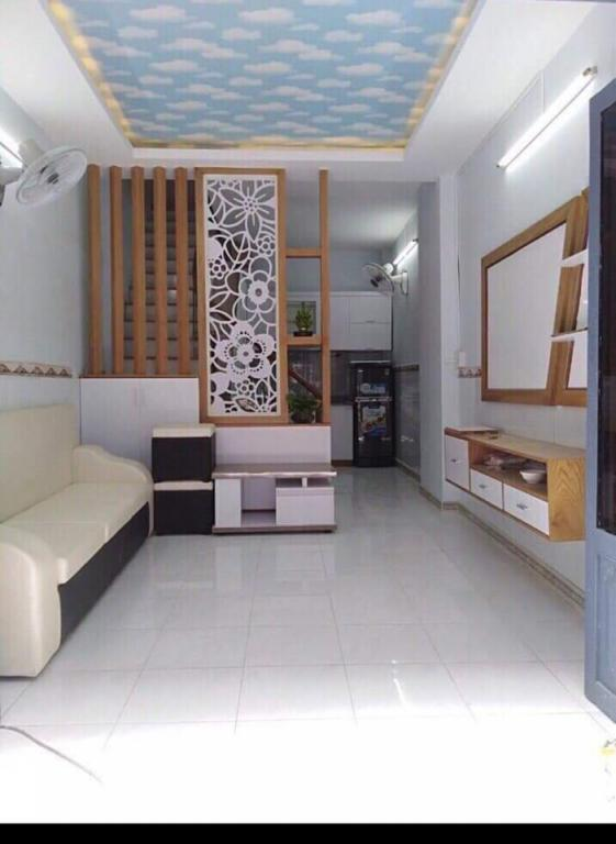 Nhà Hẻm ba gác Thạch Lam,dt 40m2; 4x10; Chỉ 3.1tỷ, Nhà mới ở ngay; LH:0914648319