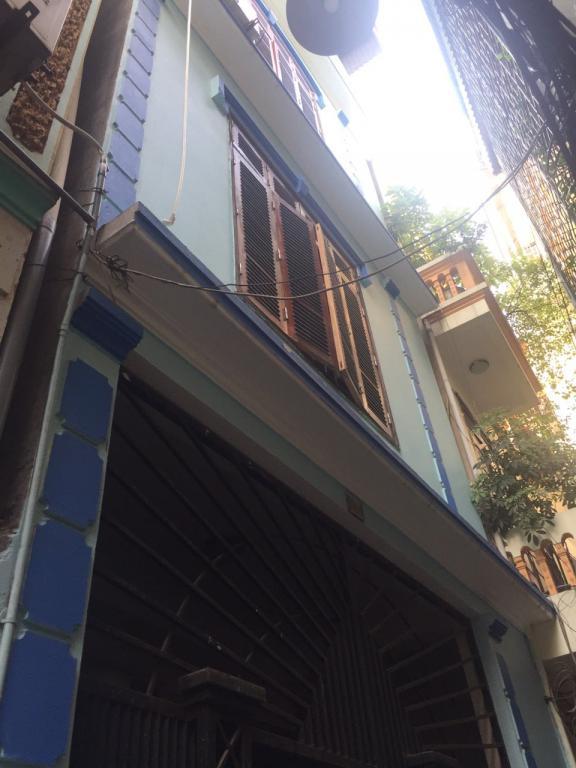 Bán nhà phố Láng Hạ, hàng hiếm giá hời, DT 52, MT 4m . Giá 3.85 tỷ (có TL).