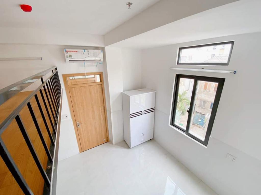 Cho thuê phòng trọ mới, ốp tường sạch sẽ, rộng rãi có ban công
