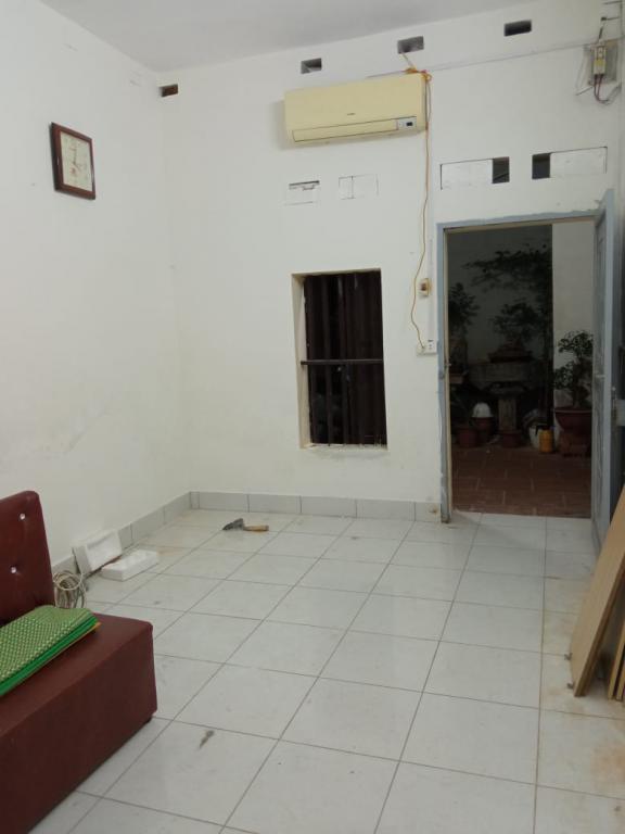 Cho thuê nhà riêng 1 tầng 1 tum 40m phố Mạc Thị Bưởi, Hai Bà Trưng, 5 triệu/tháng