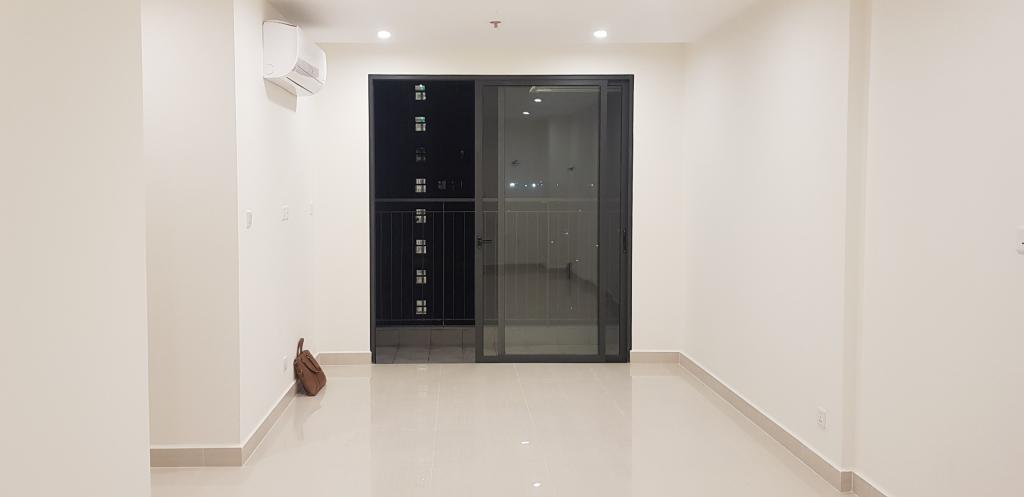 Cho thuê căn hộ 3PN 81m2, nhà trống, Vinhomes Grand Park, Q9, gần ngã tư TĐ, Giá 6.5tr