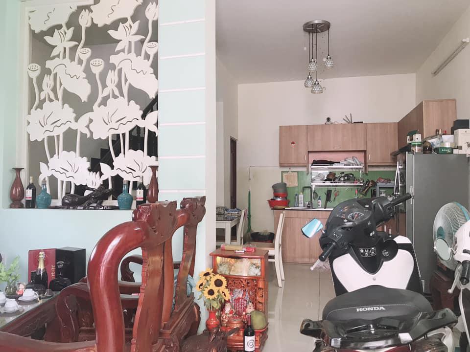 Nhà Đẹp Ở Ngay, Giáp Q1, vị trí nhà siêu đẹp , 3.5x10, 4.1 Tỷ, 0386537786