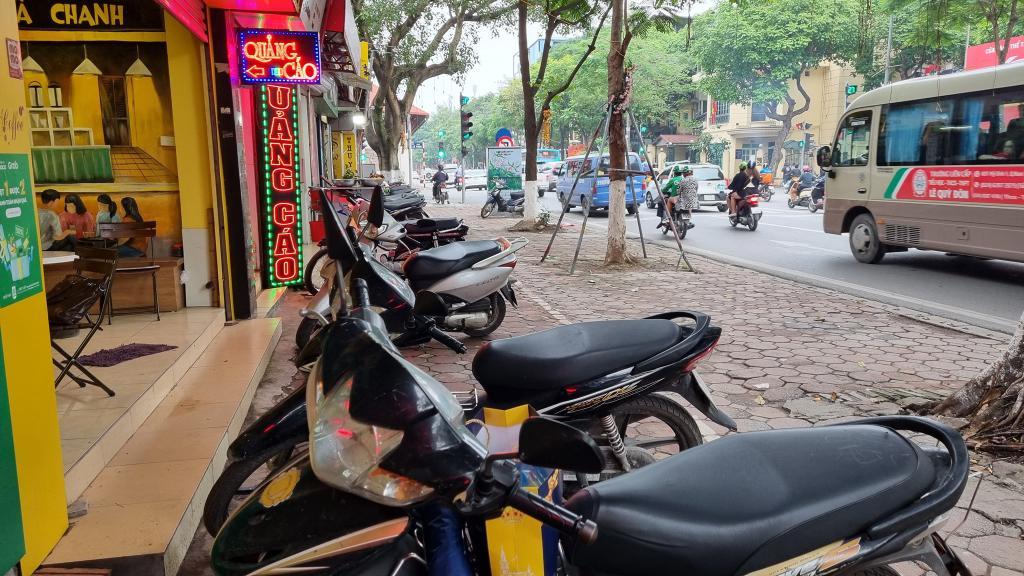 Mặt Phố Ba Đình, Vỉa Hè Siêu To Khổng Lồ, Nguyễn Thái Học, 137m2, Mặt Tiền 6.3m.