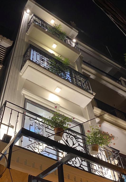 Muốn mở rộng kinh doanh nên bán gấp ngôi nhà 4 tầng giá thấp tại vân canh hoài đức cực rẻ