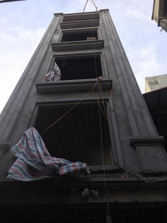 Bán nhà đẹp ngõ rộng đường Xuân Đình, 61m2, 5 tầng, Mt 4.1m, giá 3.85 tỷ.