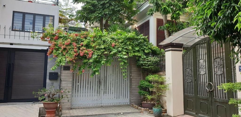 Cho thuê Nhà phố Mặt tiền Quốc Hương Q2, 85 m2 (5m x 17m), 3 tầng, 25.5 Triệu đồng