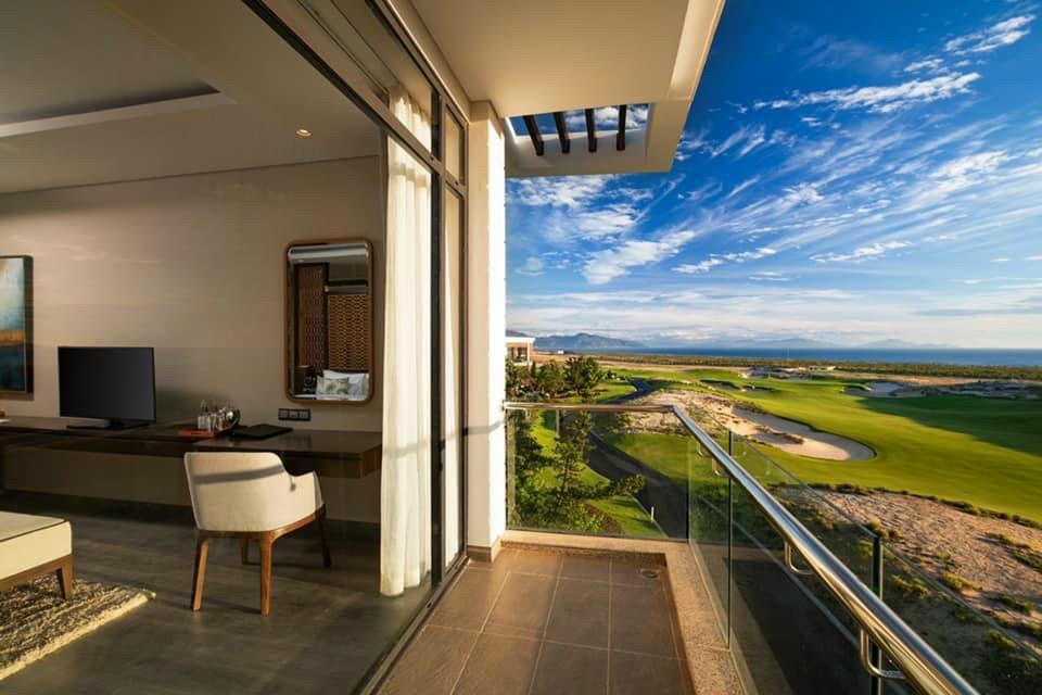 Bán biệt thự biển view sân golf giá gốc CĐT thanh toán 15% nhận nhà cho thuê 24tr/th LH 0917678685