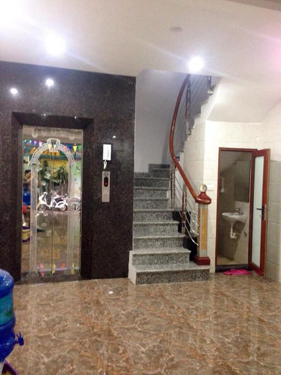 SIÊU ĐẸP KD-OTO VÀO NHÀ Bán Nhà Thái Thịnh-5T Thang máy-DT53m2 x 5T,Mặt tiền 4,6M GIÁ 9,6 TỶ.