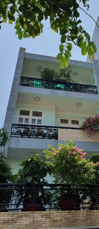 Bán nhà 5 tầng, hẻm xe hơi, đường Phạm Văn Bạch, quận Tân Bình, 9.4 tỷ