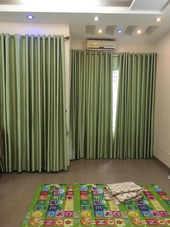 Bán nhà 8 tầng có thang máy DT 60m2 mặt phố Trần Cung, Cổ Nhuế