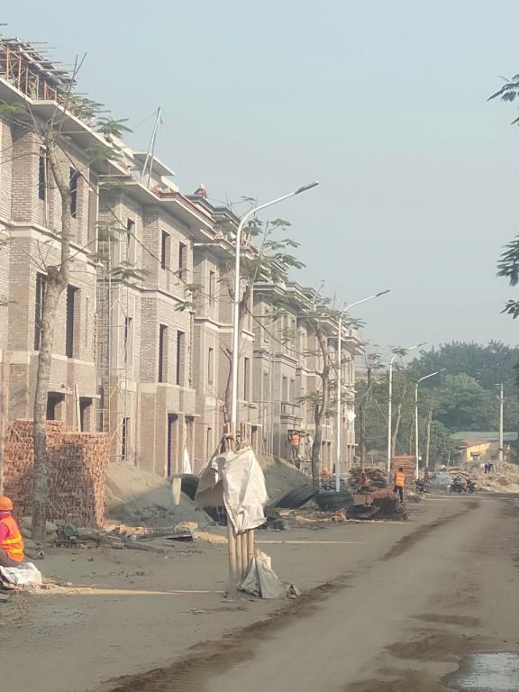 Bán căn biệt thự 180m2 xây thô 3 tầng hướng Đông Nam tại VCI Vĩnh Yên