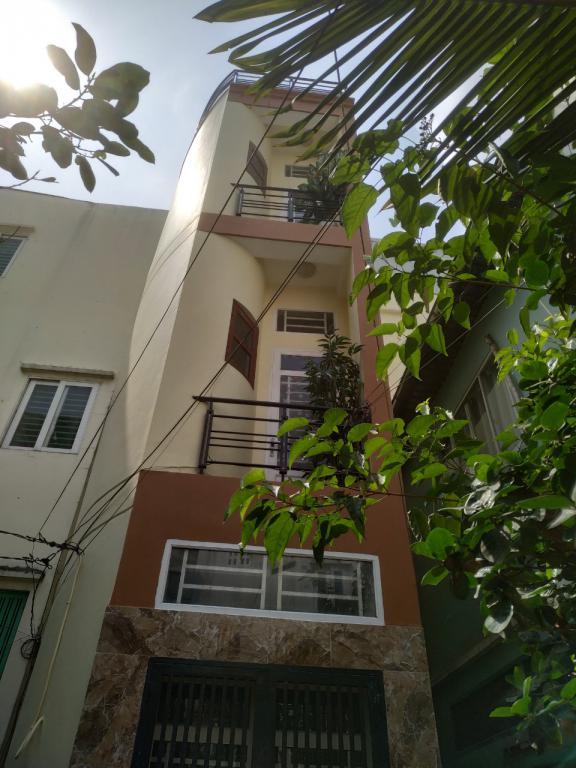 Nhà HXH Thông, Nơ Trang Long, Phường 7, Quận Bình Thạnh.