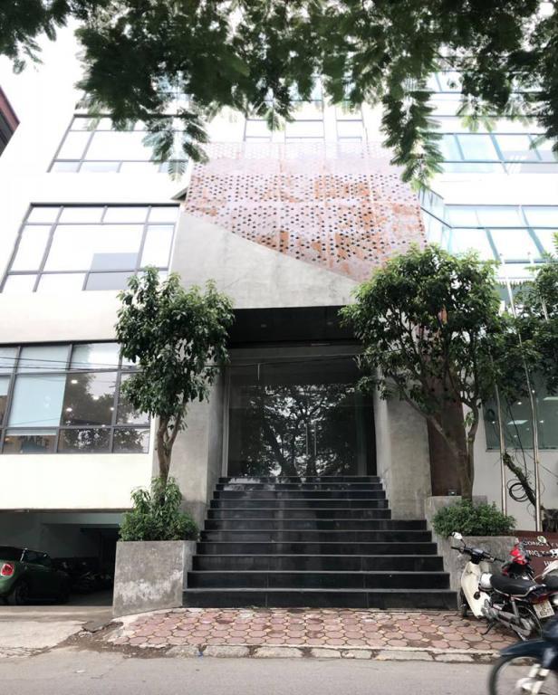 Chính chủ cho thuê văn phòng đẹp 60m2 giá 13,9tr/tháng tại mặt phố Hoàng Cầu,Đống Đa,Hà Nội