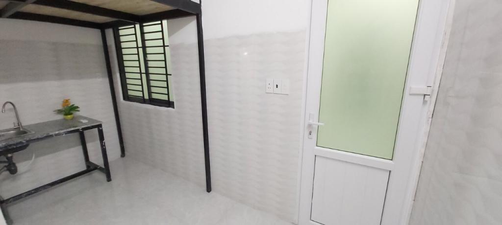 Phòng trọ mới xây,bancol thoáng mát,an ninh cực tốt ngay trung tâm Q11