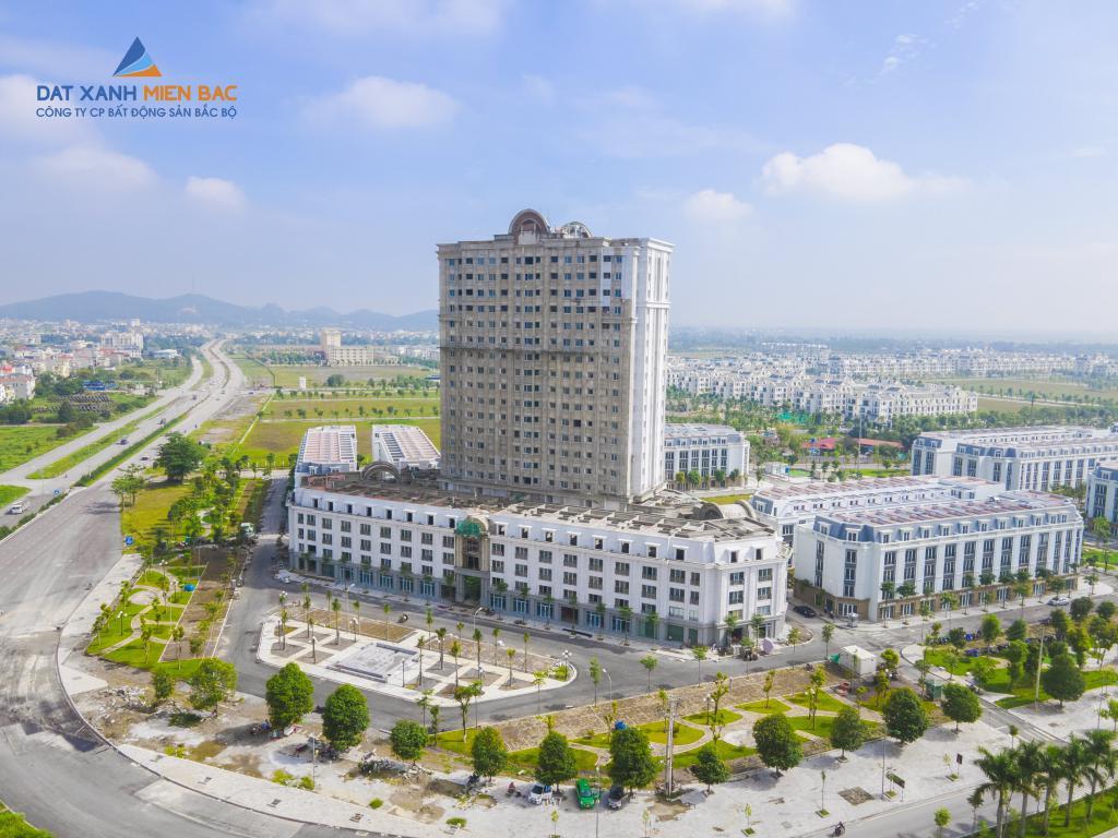 Bán căn hộchung cư 2 ngủ view hồ điều hòa nằm trọn trong tiện ích Vinhomes Star City