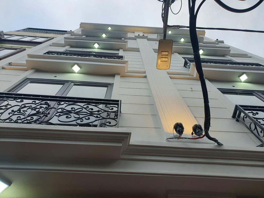Hot! Nhà nhỏ xinh phân lô Lê Quang Đạo, DT 30m2 x 4,5 tầng – phù hợp cho gia đình