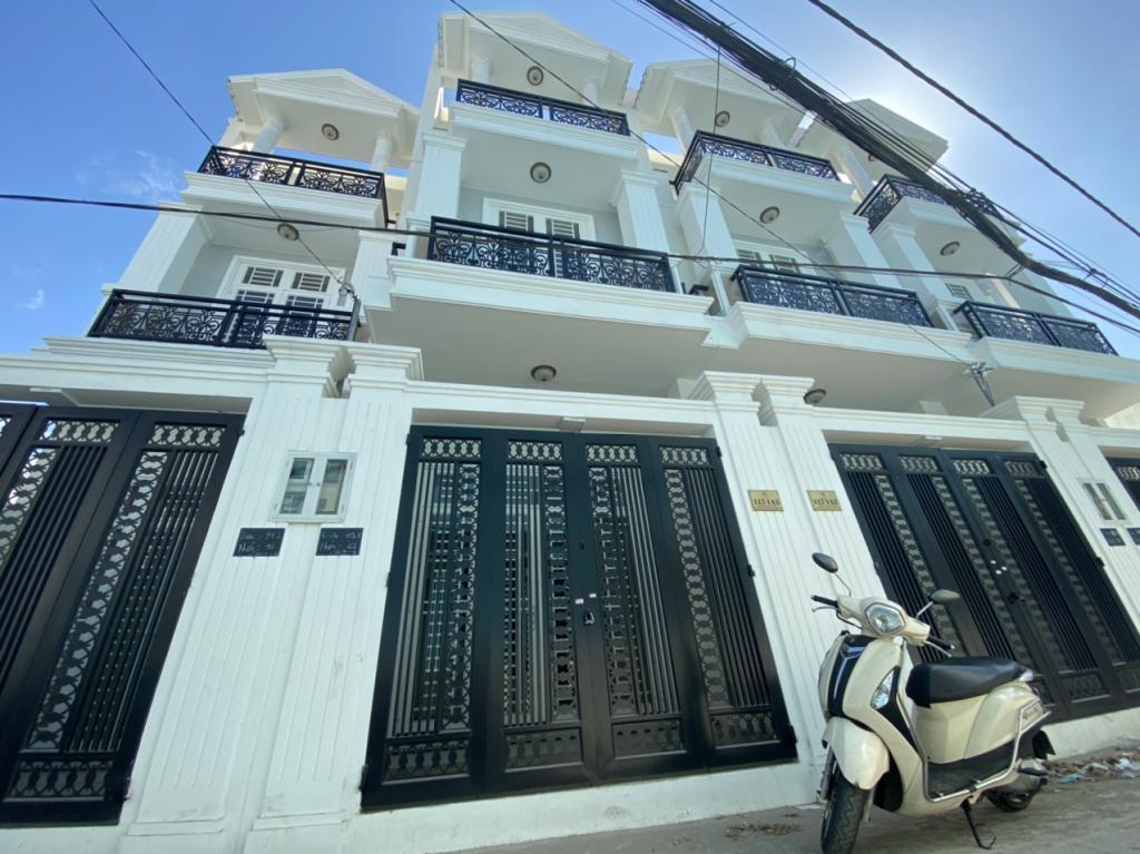 Bán nhà đường 16 Phạm Văn Đồng-Thủ Đức, Ngay Giga Mall Phạm Văn Đồng-SHR, Đã hoàn công