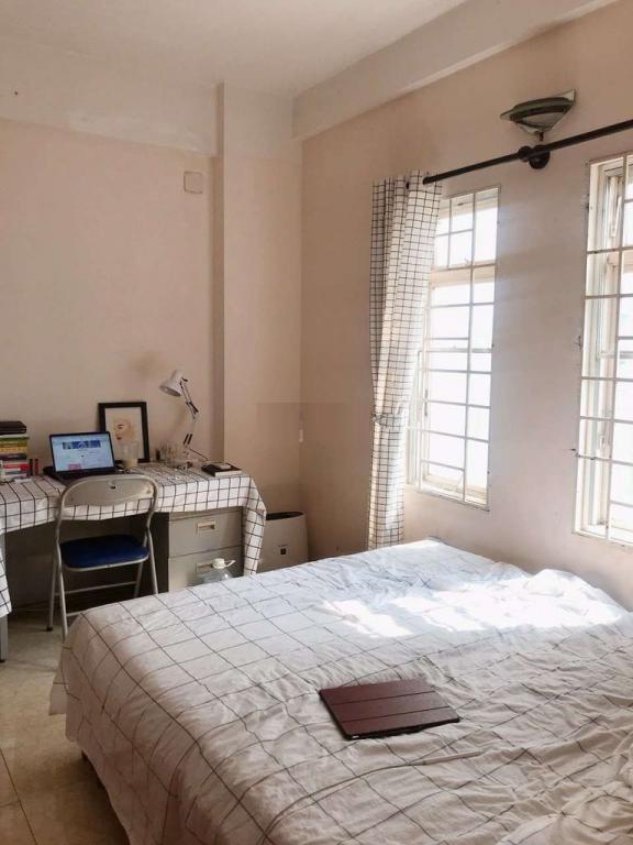 Cho Thuê nhanh căn hộ chung cư Tôn Thất Thuyết, P.1 Quận 4. Diện tích 62m2, có 2 phòng ngủ, 1 nhà vệ sinh. Nội thất đầy đủ