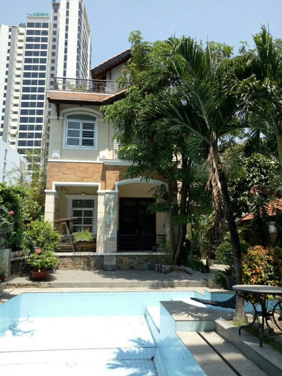 Cho thuê Nhà phố Mặt tiền Nguyễn Đăng Giai Q2, 70 m2 (5m x 14m), 4 tầng, 40 Triệu đồng