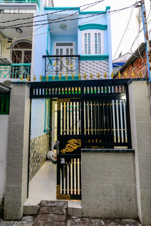 Bán nhà phố hẻm Đoàn Văn Bơ - Phường 16, Quận 4.