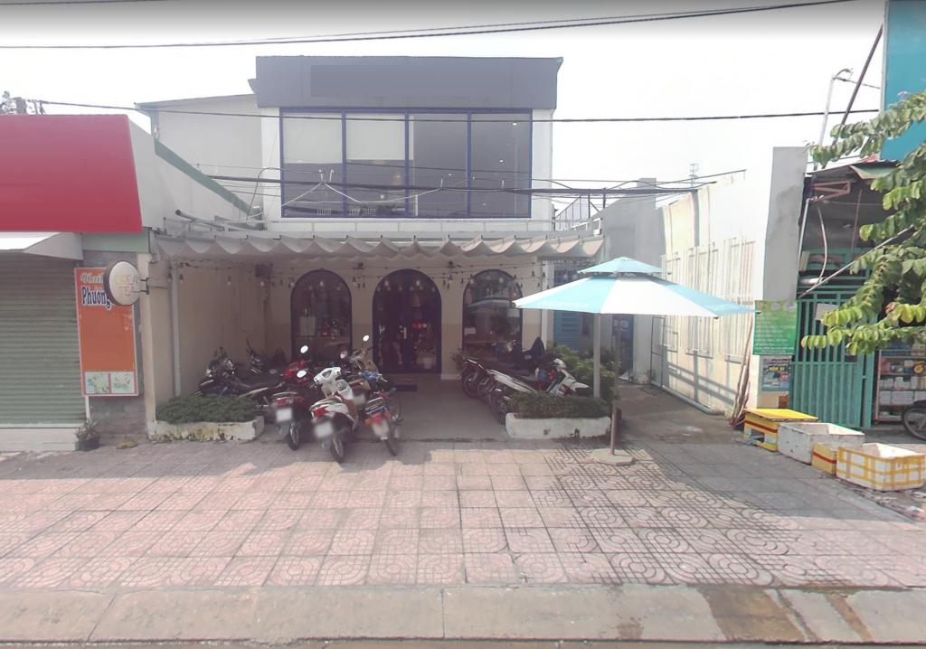 Nhà MT v.trí buôn bán nhộn nhịp ++ Ng Thái Sơn