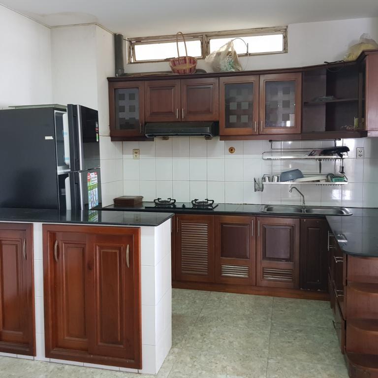 Cho thuê căn hộ ACB Ông ích khiêm, quận 11, diện tích 110m2, 3 phòng ngủ, 2 toilet, nội thất đầy đủ, thoáng mát, nhận nhà ở ngay, giá thuê 16tr/tháng, 2 ban công, thoáng mát