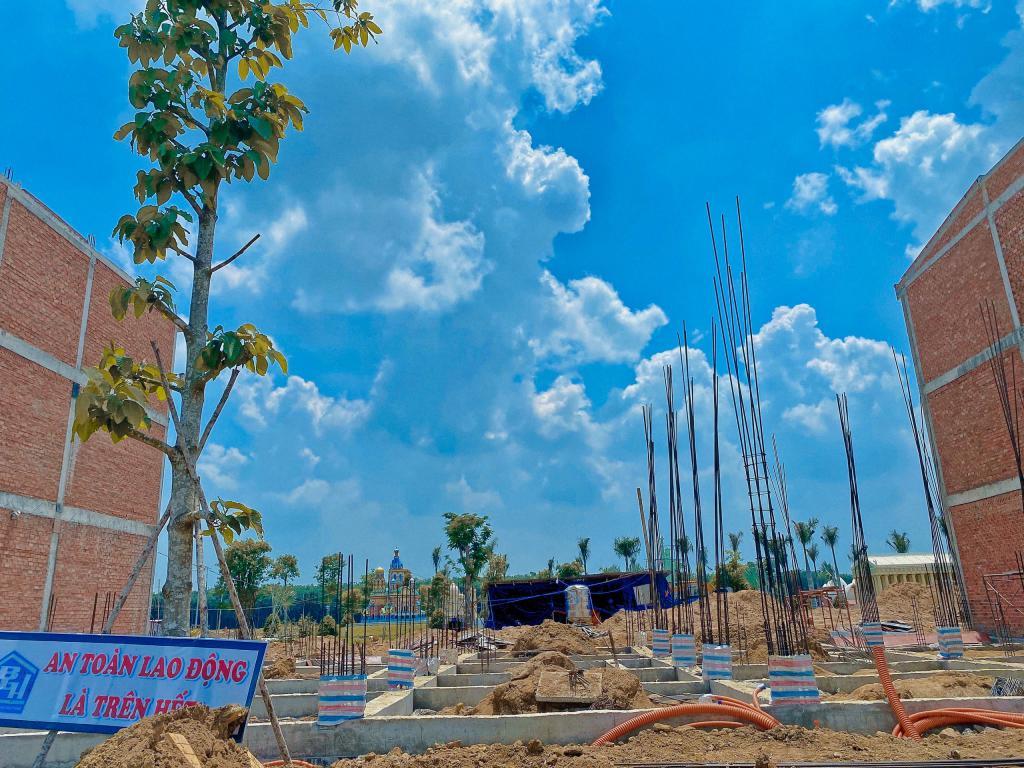 Đất nên liền kề khu Tái Định Cư sân bay Long Thành, MT đường 32m, Sổ hồng riêng.