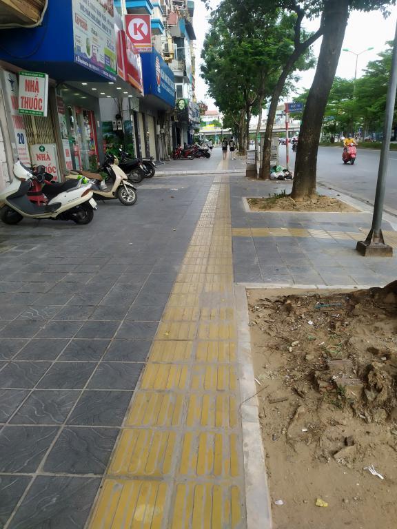 Cho thuê nhà nguyên căn Nguyễn Khánh Toàn: 60m2, R 8m, giá 45tr/tháng (MTG).
