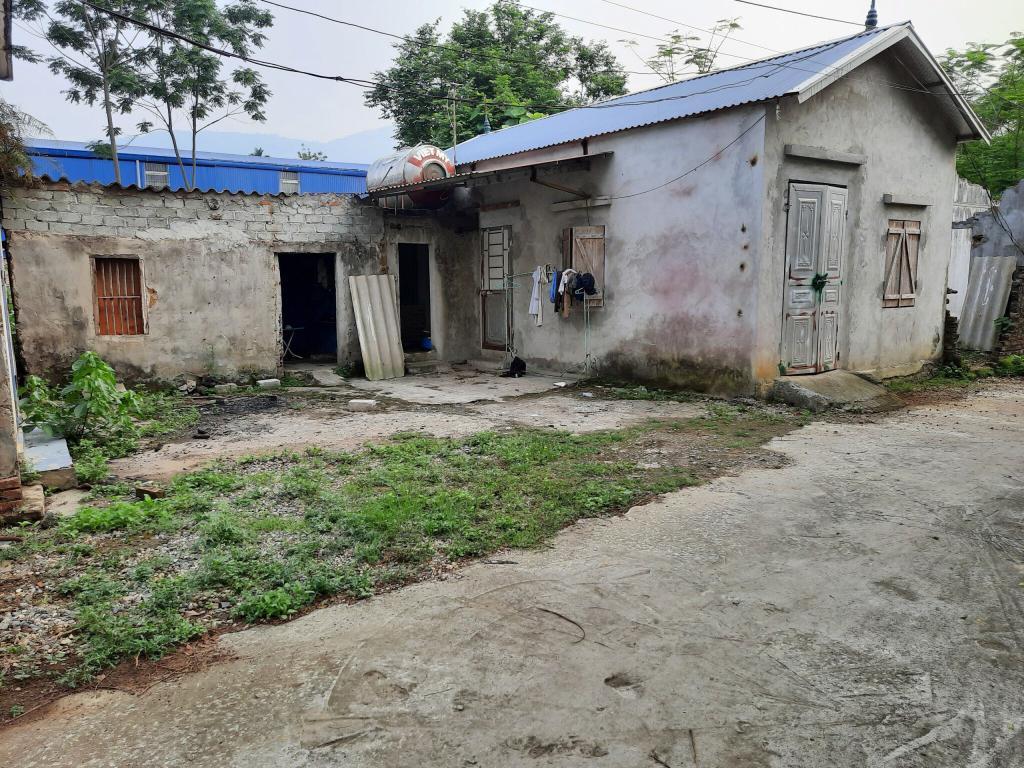 Bán lô đất 105m full thổ cư gần  Ủy ban, trường học Phú Mãn Quốc Oai, Hà Nội