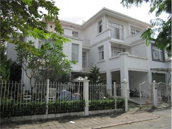 Tôi cần cho thuê biệt thự trung tâm Phú Mỹ Hưng quận 7