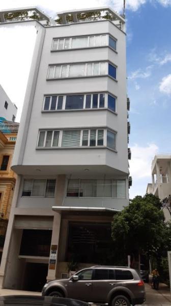 Bán nhà mặt tiền Thành Thái,  Quận 10, DT: 4.7x18m, 84m2 trệt 5 lầu, giá 24tỷ TL