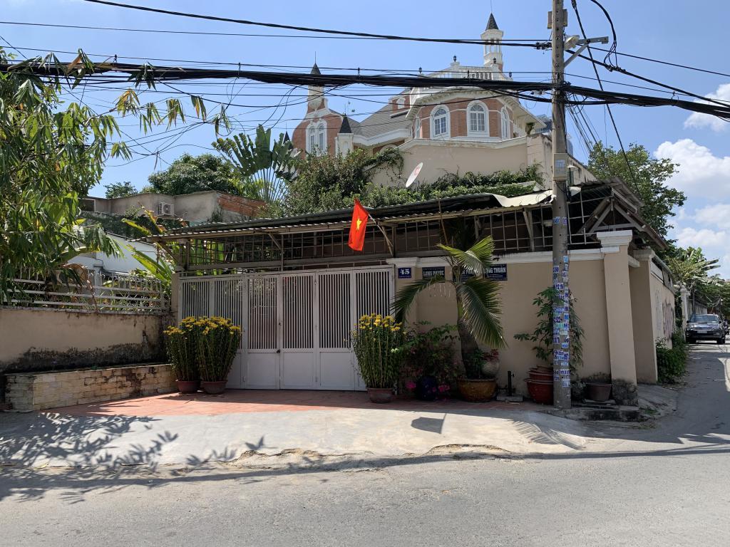 Villa for sale in Thao Dien, Dist. 2 - Bán Villa 2 mặt tiền ở Thào Điền, Quận 2.