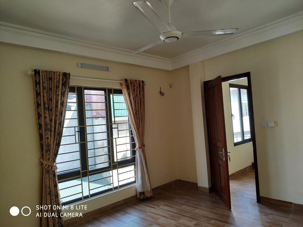 Cho thuê lâu dài căn hộ mini mới đẹp số 28 ngõ 429 thụy Khuê, tây hồ
