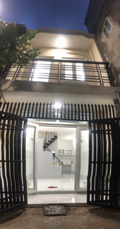 Bán nhà mới hẻm 2,5m 25/33/ bùi quang là p12 gò vấp , 1 lầu đúc