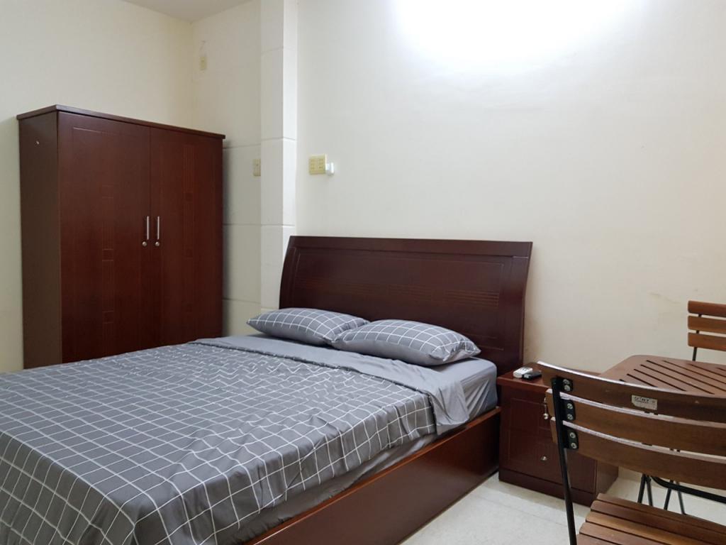 Cho thuê phòng có nội thất tại nhà mặt tiền đường Lãnh Binh Thăng P13 Quận 11, 15-35m2, 3-8triệu/tháng