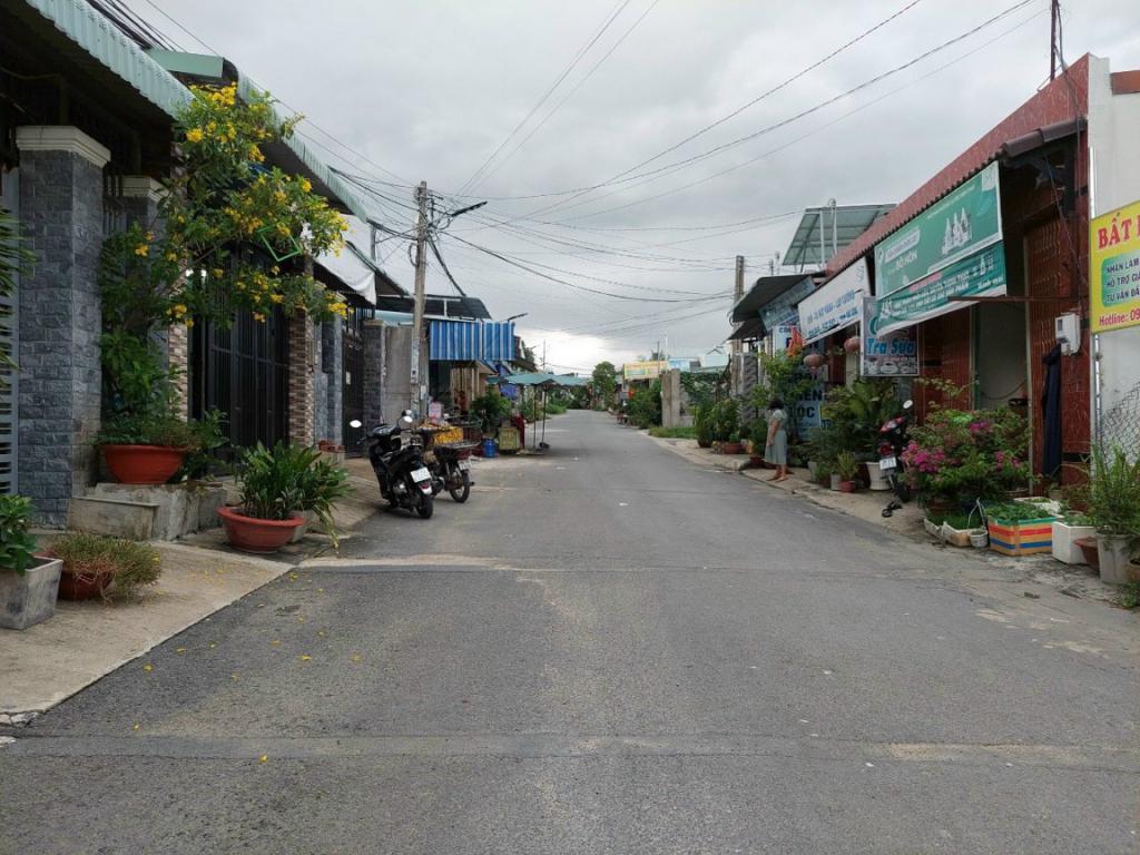 Bán nhà mặt tiền kinh doanh Kp3 , P. Trảng Dài, Tp Biên Hòa