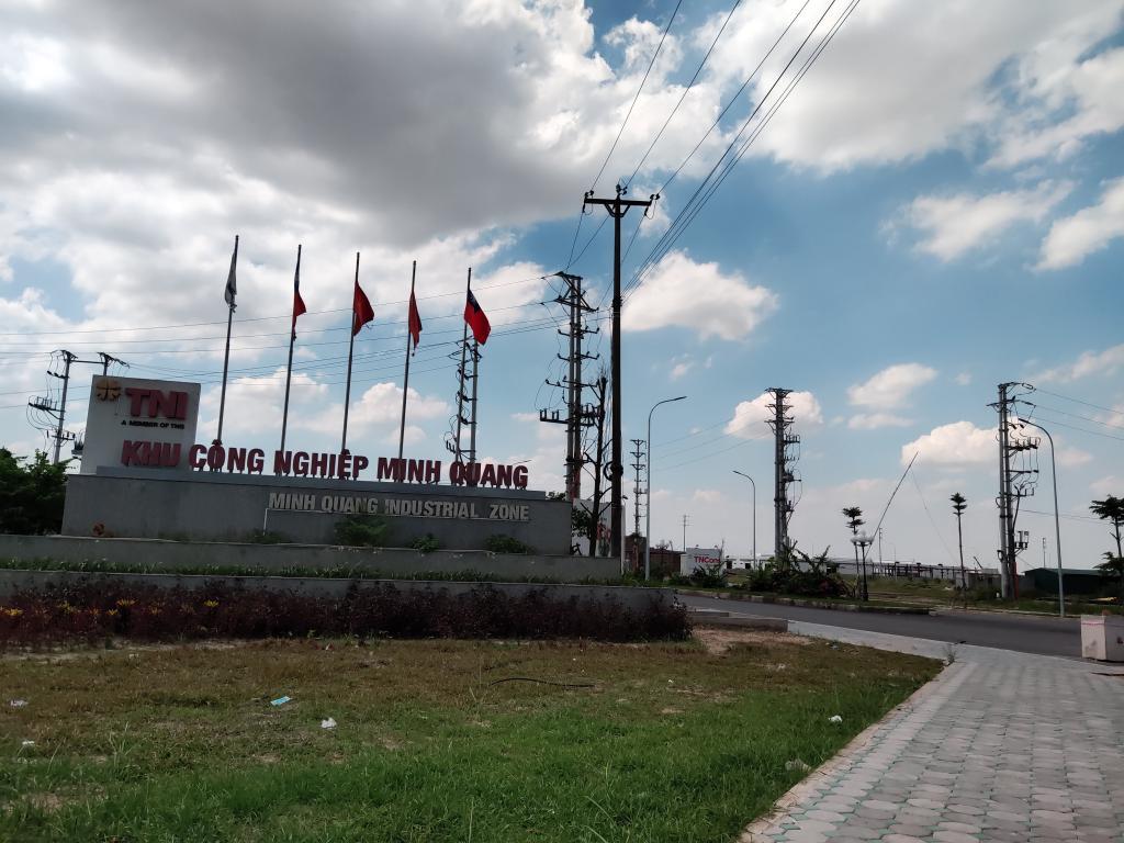 Cho thuê kho nhà xưởng DT 1000m2 2000m 5000m2- 30000m2 tại KCN Minh Quang, Mỹ Hào, Hưng Yên. LH 0968530776