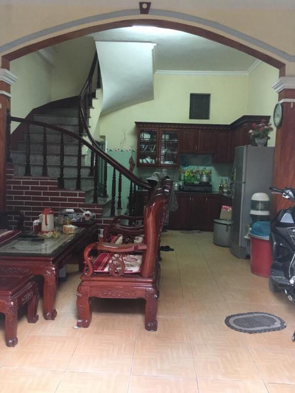 Bán nhà riêng 4 tầng diện tích 35m2 MT 4,5m hướng Tây tứ trạch tại Bình Minh, Trâu Quỳ
