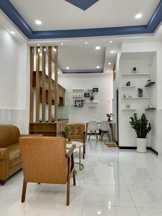 Bán nhà mặt tiền Lê Đình Thám,Tân Phú,58m2,3 tầng,nhỉnh 5 tỷ,bán gấp.Lh0386817015