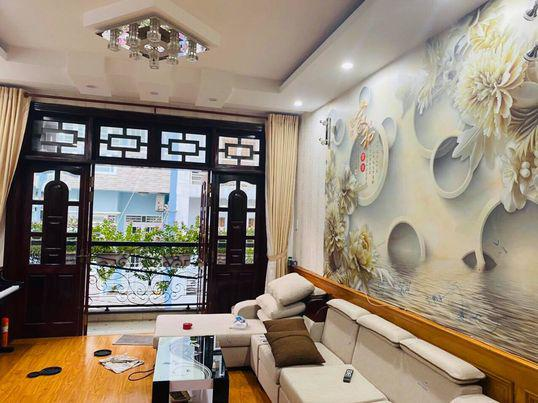 Bán nhà có sổ hồng đường Phan Huy Ích quận Tân Bình,67m2,5 tầng,7,3tỷ.lh0386817015